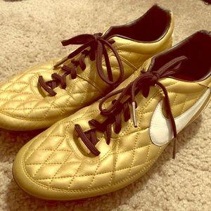 Rare Nike Ronandinho Gold Cleats